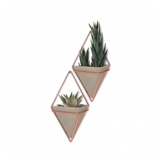 Ensemble de deux vases muraux avec support en cuivre. Vestibule Boutique Art de vivre   14 avril 2017