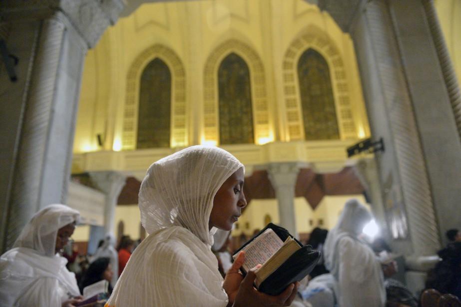Des membres de l'Église éthiopienne orthodoxe prenant part à une... | 2017-04-15 00:00:00.000