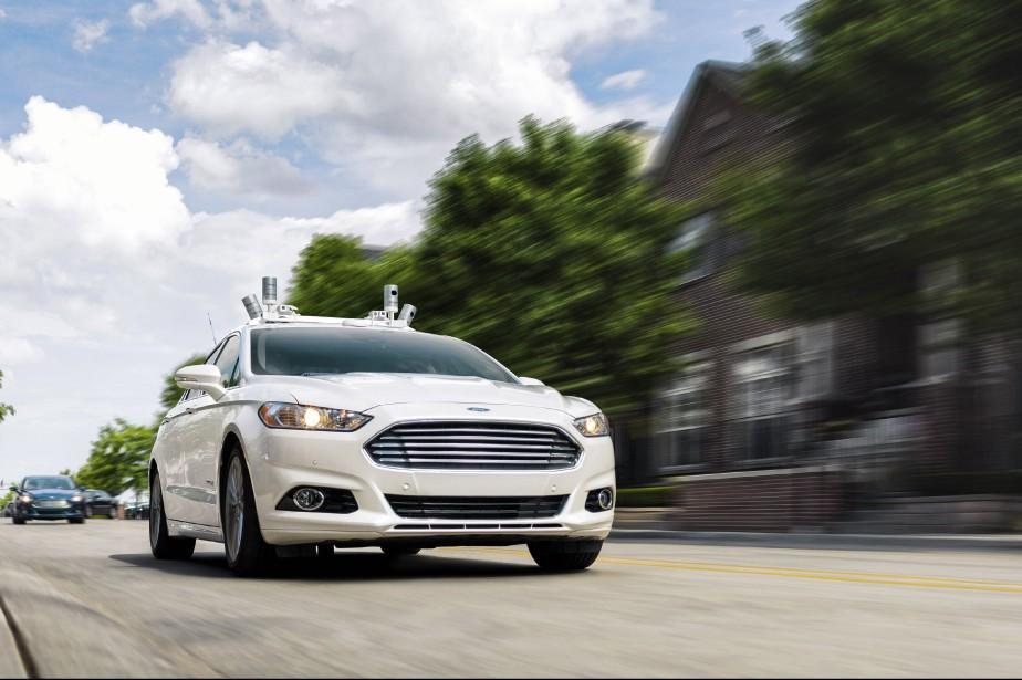 Ceux qui annoncent l'avènement imminent de l'auto 100 % autonome sont-ils aussi des rêveurs, comme ceux, il y a 60 ans, qui prévoyaient l'auto volante ?Ou, cette fois, la technologie remplira-t-elle ses promesses ? ()