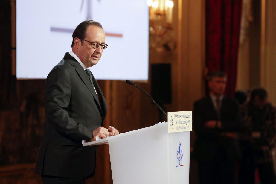 «Le cessez-le-feu doit intervenir pour créer les conditions... (Photo GEOFFROY VAN DER HASSELT, AFP)