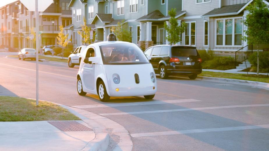 <strong>Niveau 5</strong> Google a créé la division Waymo après avoir mis fin à son projet de Google Car. La Google Car était la voiture autonome au sens le plus strict; le véhicule ne possède aucune des commandes qu'on trouve normalement dans une voiture. (Photo : Waymo)