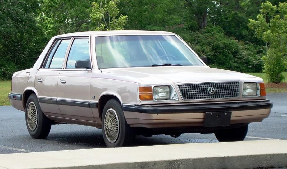 Sa pire voiture «Une Plymouth Reliant K beige. L'horreur. C'était une vieille auto héritée de la famille, une vieille minoune...» | 18 avril 2017