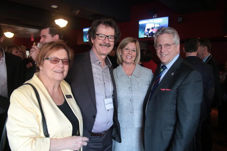 PROMOTION - Le jeudi 30 mars marsdernier, Le Droit Affaires recevait clients et amis lors d'un 5 à 7 organisé encollaborationavec le Regroupement des gens d'affaires, rencontre qui s'est tenue au restaurant Red Lion de la rue Clarence à Ottawa. Le prochain 5 à 7 Le Droit Affaires/RGA se tiendra le mercredi 19 avril.   18 avril 2017