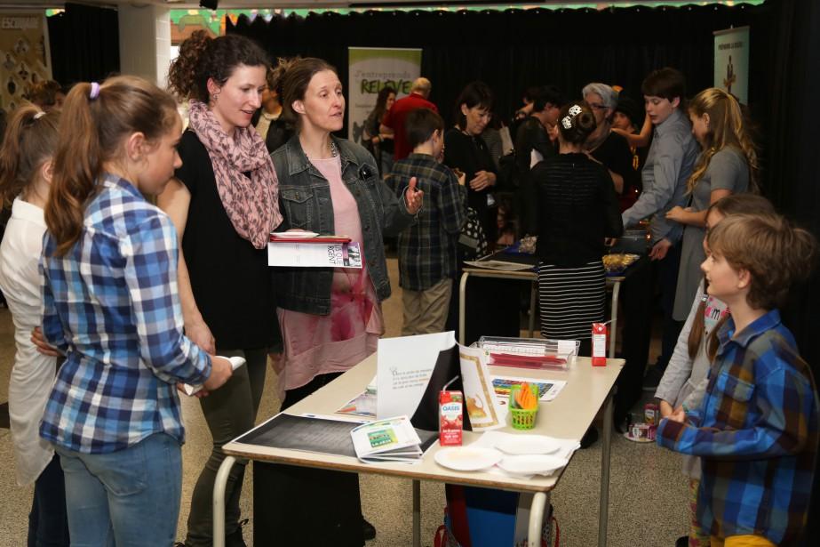 Les gagnants du volet étudiant du Concours québécois enentrepreneuriat, pour la Commission scolaire du Val-des-Cerfs, ont été dévoilés lors d'un gala tenu à l'école secondaire L'Envolée. | 18 avril 2017