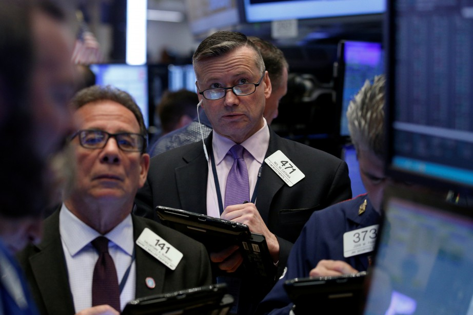 «Le Dow Jones subit la pression d'IBM» en... (REUTERS)