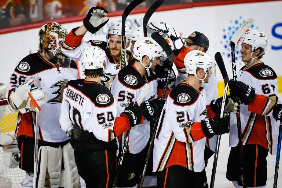 LesDucks d'Anaheim ont gagné le match d'hier 3-1... (Jeff McIntosh, PC)