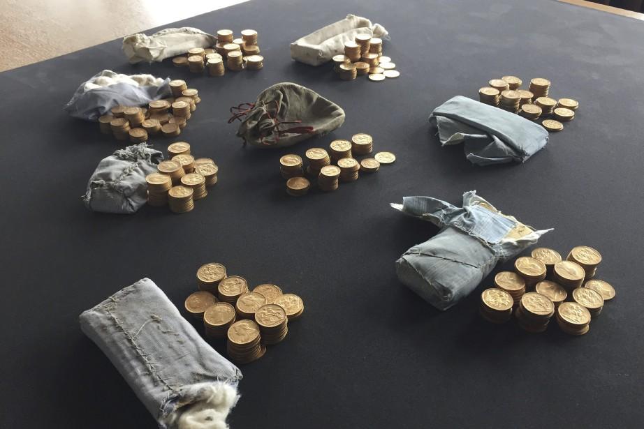 Les pièces d'or et d'argent, frappées entre 1847... (Photo AP)