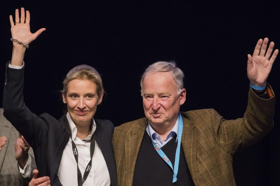 Alice Weidel et Alexander Gauland... (Photo Rolf Vennenbernd, Associated Press/dpa)