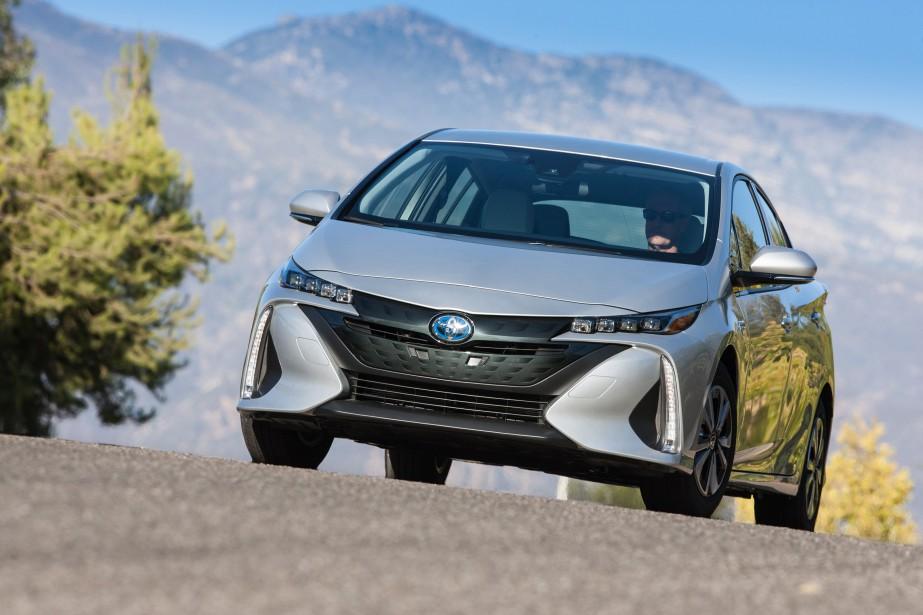 La Prius Prime est la dernière née du programme, une hybride rechargeable qui évolue sur les terres défrichées par la Prius hybride rechargeable lancée ici en 2012. (TOUTES LES PHOTOS : TOYOTA)