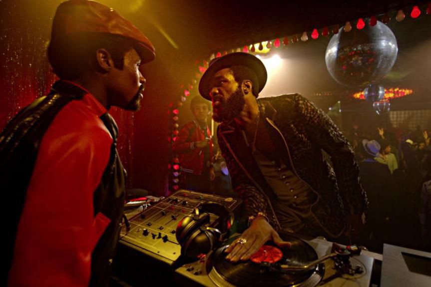 Shameik Moore et Yahya Abdul-Mateen II dans The... (Photo fournie par Netflix)