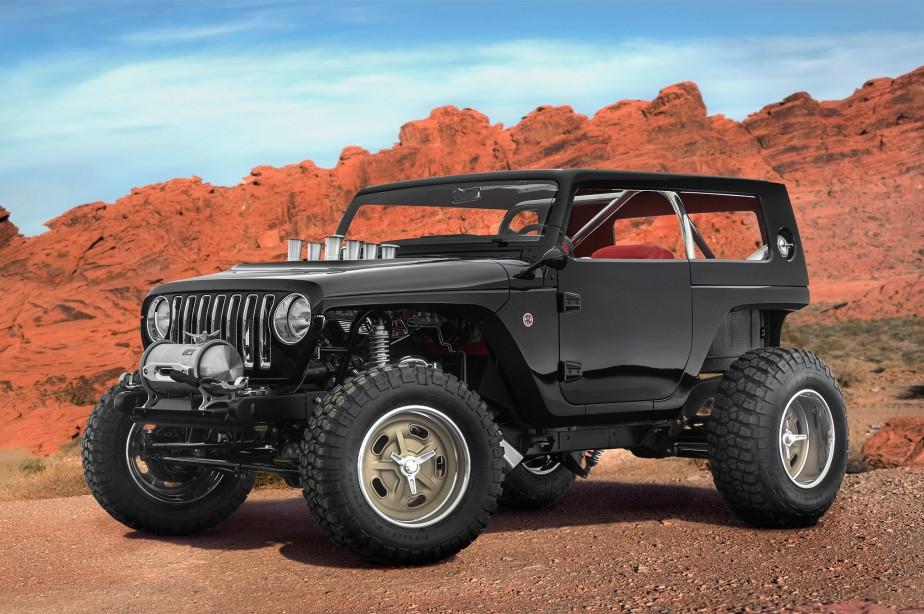 L'Easter Jeep Safari est un festival organisé à Moab, en Utah, par le club de hors-routiers Red Rock 4-Wheelers. Des compétitions ont lieu dans l'arrière-pays semi-désertique de cet État de l'Ouest américain. Le festival dure neuf jours et se termine le dimanche de Pâques. Jeep y présente souvent des concepts faits par son département de design ou par des indépendants. Ci-haut, le concept Quicksand. (Toutes les photos : Motor Trend)