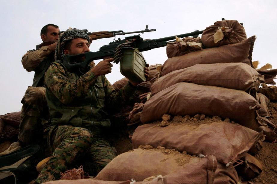 Des combattants kurdes près de Mossoul, en octobre... (PHOTO REUTERS)