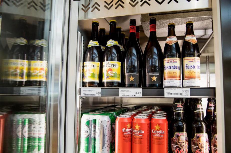 Les bières importées sont celles qu'offre la SAQ... (Photo Alain Roberge, Archives La Presse)