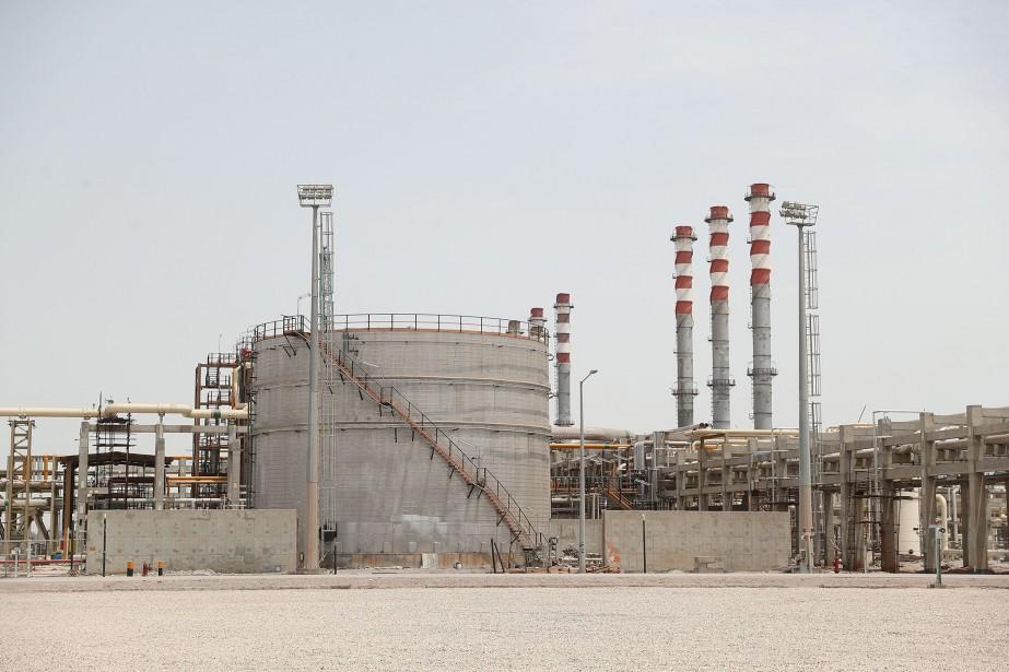 Cette raffinerie située à Bandar Abbas (sud), présentée... (Photo Agence France-Presse)