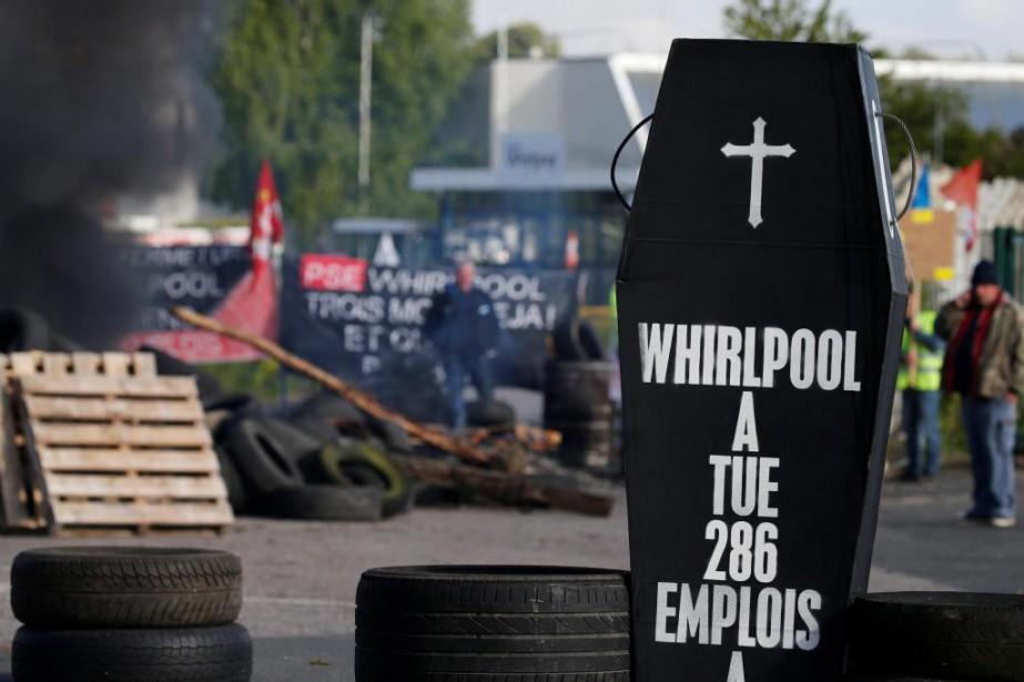 À l'usine Whirlpool, qui doit fermer pour être... (PhotoPascal Rossignol, archives Reuters)