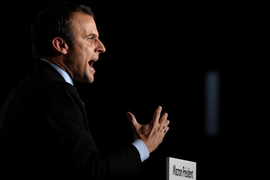Le candidat à la présidentielle française, Emmanuel Macron... (PHOTO ERIC FEFERBERG, ARCHIVES AGENCE FRANCE-PRESSE)