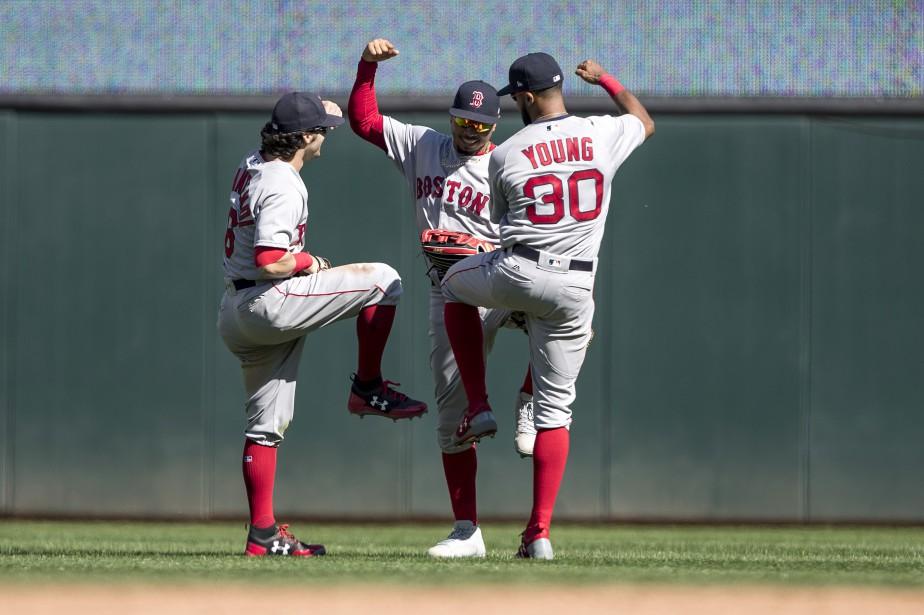 La danse de la victoire, gracieuseté d'Andrew Benintendi... (Photo Jesse Johnson, USA TODAY Sports)