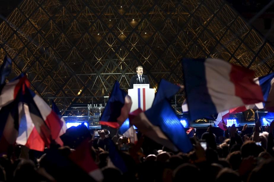 Emmanuel Macron a livré son discours de victoire devant le musée du Louvre, dimanche soir. | 7 mai 2017