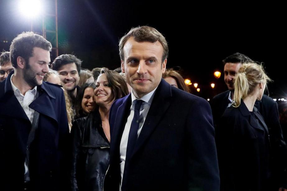 Emmanuel Macron a remporté une victoire incontestable contre... (PHOTO REUTERS)
