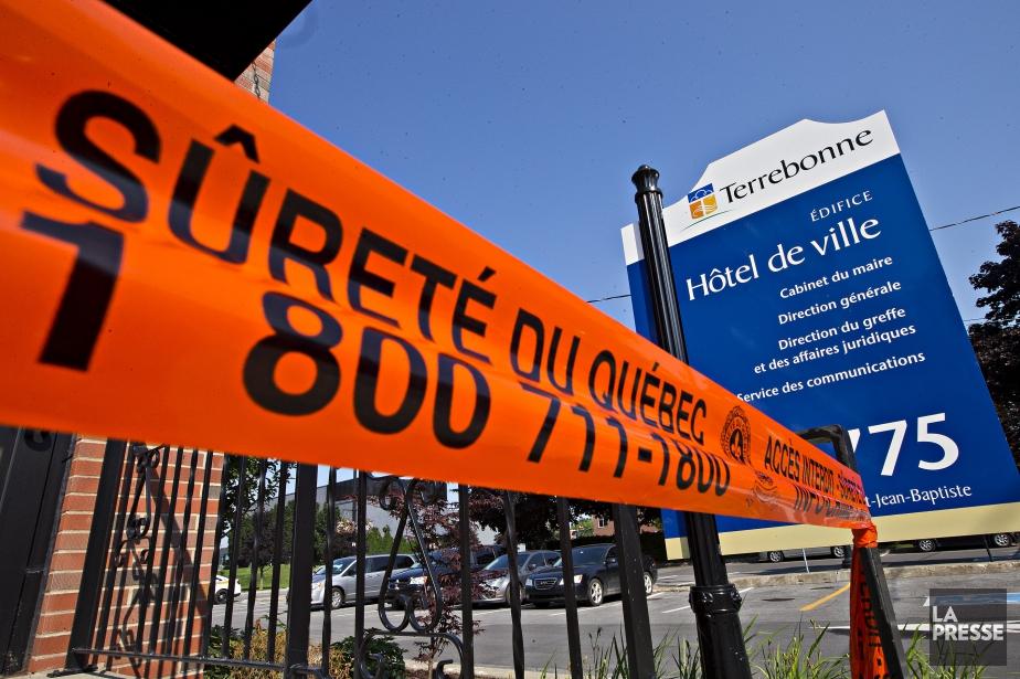 Le directeur général Luc Papillona été forcé de... (PHOTO PATRICK SANFAÇON, LA PRESSE)