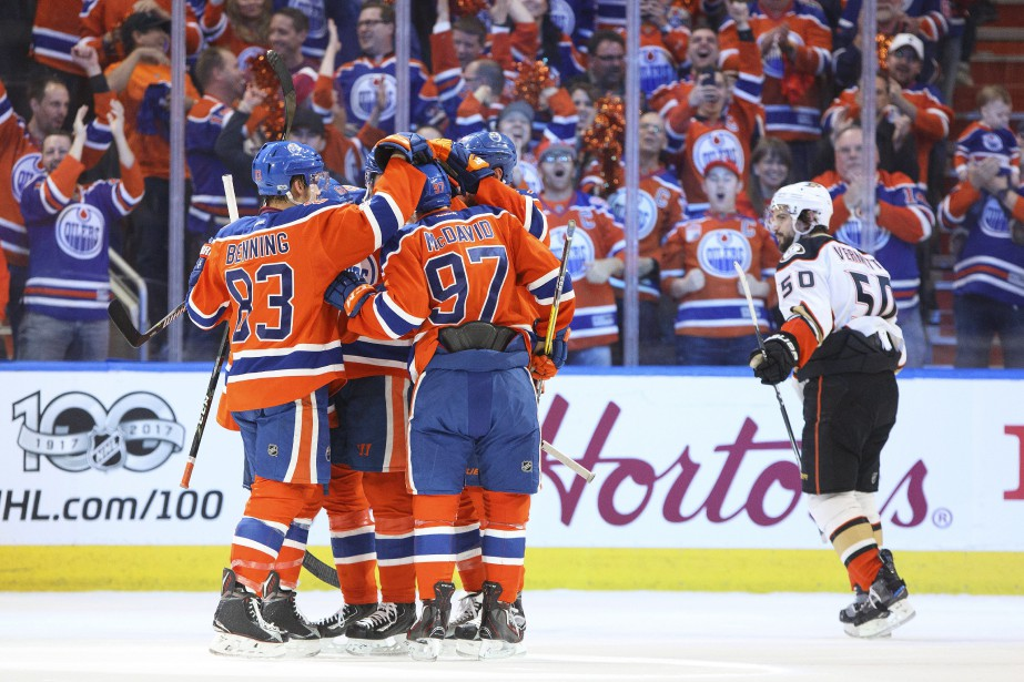 Chaque match de la série Ducks-Oilers a donné... (PHOTO PC)