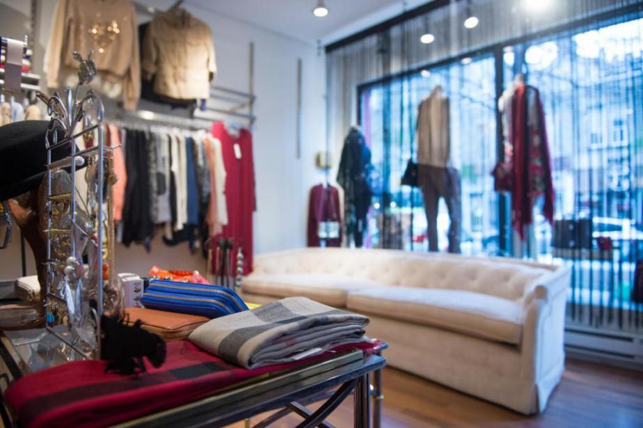 Les propriétaires de la boutique Mika quittaient le... (PHOTO CATHERINE LEFEBVRE, COLLABORATION SPÉCIALE)