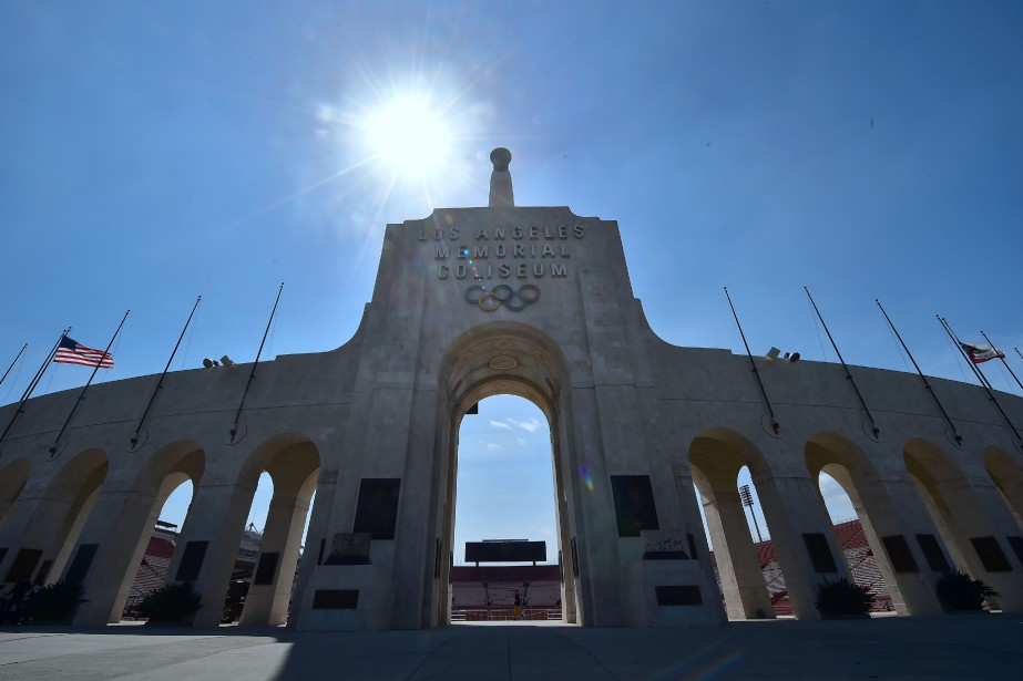 Le Los Angeles Memorial Stadium... (Photo Frederic J. Brown, Agence France-Presse)