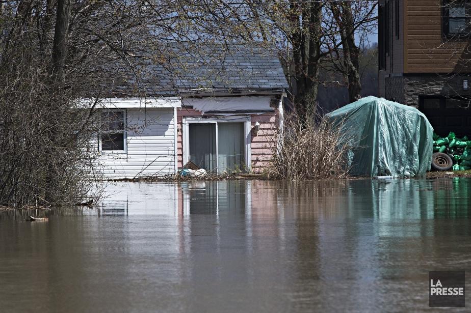 Une maison inondée à Rigaud.... (Photo Patrick Sanfaçon, archives La Presse)