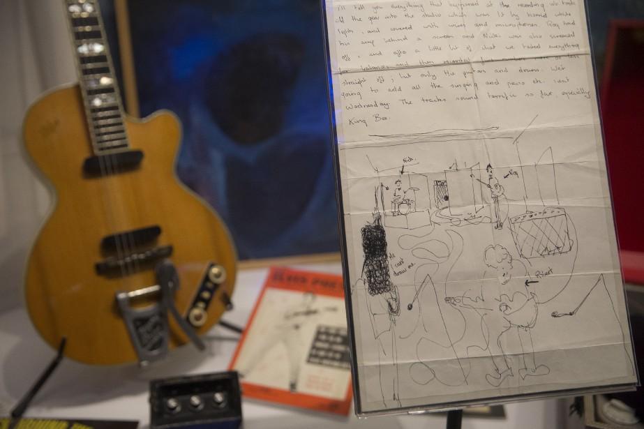Environ 350 objets, instruments, partitions, pochettes d'albums, photographies, entrevues et extraits musicaux sont regroupés dans la «plus grande exposition» jamais organisée sur le groupe, selon sa conservatrice, Victoria Broackes. | 10 mai 2017
