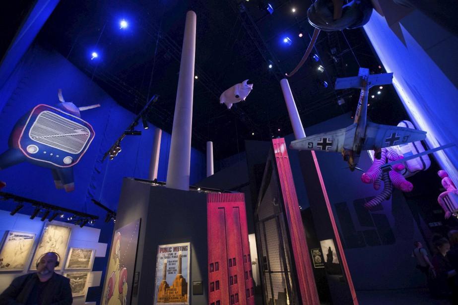 On a bien sûr consacré un espace pour une réplique de la centrale Battersea Power Station de Londres, qui apparaissait sur la pochette de l'album  Animals (1977). Le cochon volant est évidemment lui aussi inclus dans l'exposition. | 10 mai 2017