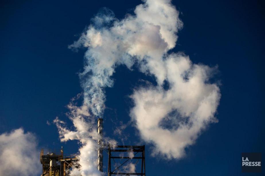 Les émissions de gaz à effet de serre... (PHOTO MARTIN TREMBLAY, ARCHIVES LA PRESSE)