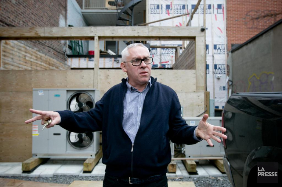 Franck Henot, propriétaire de la fromagerie Bleu&Persillé, dans... (PHOTO DAVID BOILY, LA PRESSE)
