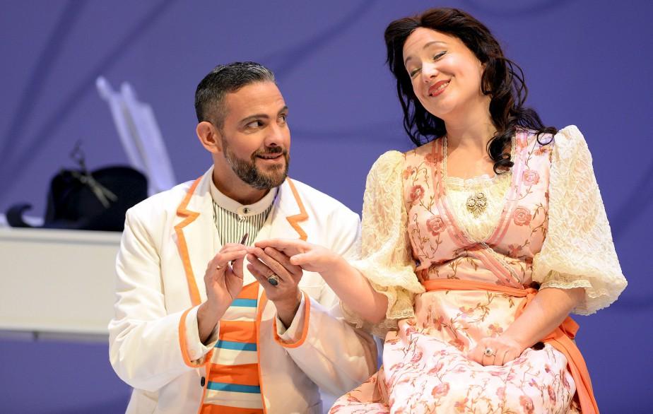 Figaro (Armando Noguera) et Rosina (Julie Boulianne)   14 mai 2017