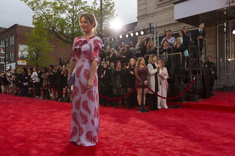Julie LeBreton sur le tapis rouge   14 mai 2017