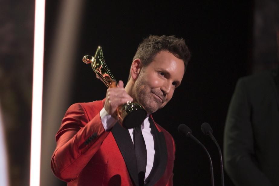 Éric Salvail ( En mode Salvail ), animateur Magazines culturels et  talk-shows , et Prix Artis — personnalité masculine   14 mai 2017
