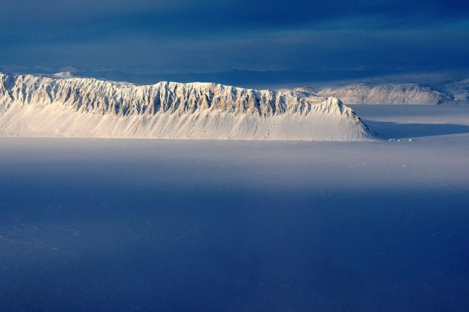 La banquise arctique... (PHOTO Michael Studinger, ARCHIVES REUTERS/NASA)