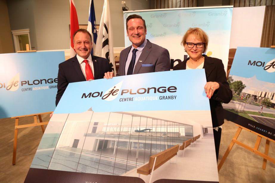 Granby aura un nouveau centre aquatique. Les gouvernements fédéral et... | 2017-05-15 00:00:00.000