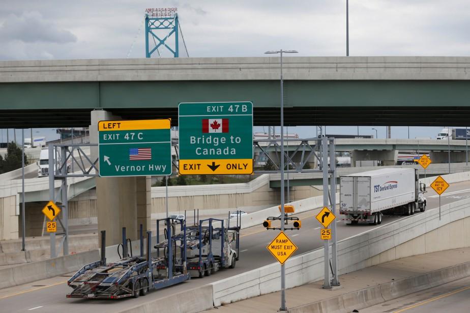 Sur la photo, le poste frontalier qui relie... (Photo Rebecca Cook, archives REUTERS)