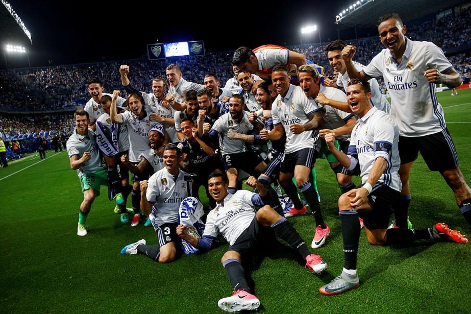 Le Real Madrid a remporté son 33etitre de... (Photo Juan Medina, REUTERS)