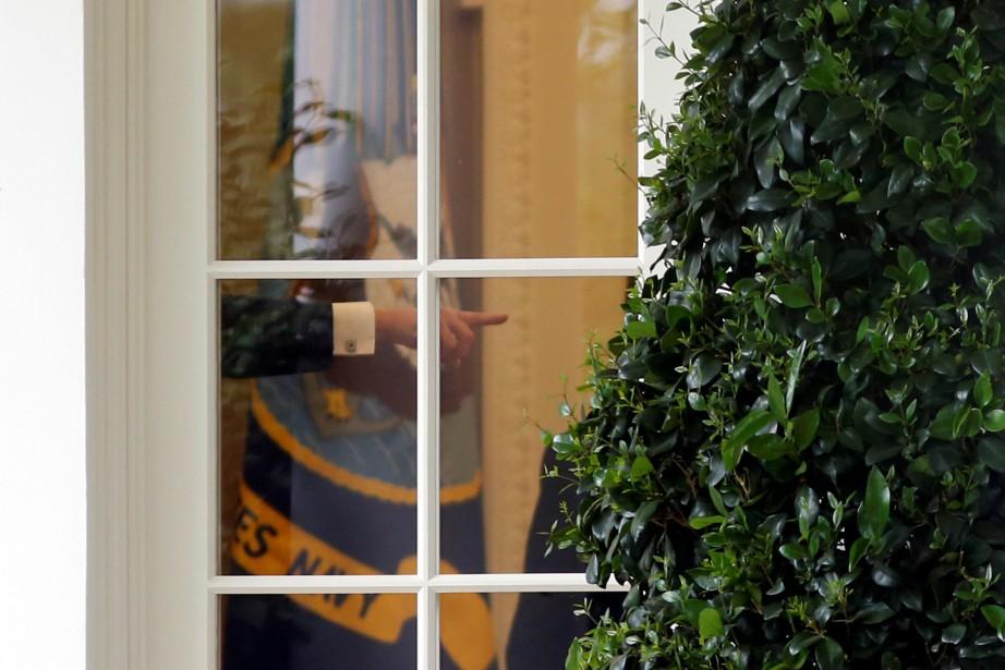 La main de Donald Trump est aperçue à... (PHOTO REUTERS)