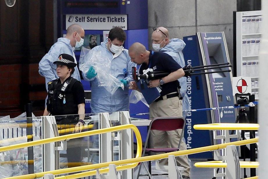 Le niveau d'alerte terroriste au Royaume-Uni a été renforcé, et... (PHOTO AP)