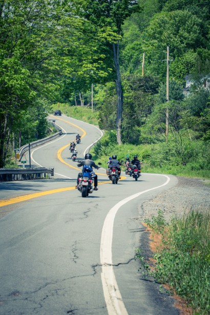 Quelques moments de la première édition du Babe Ride Out East Coast, l'an dernier. (Photo fournie par Josée Lecompte)