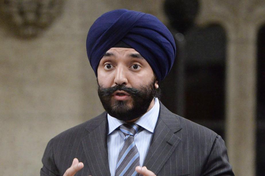 Le ministre de l'Innovation, des Sciences et du... (PHOTO ARCHIVES LA PRESSE CANADIENNE)
