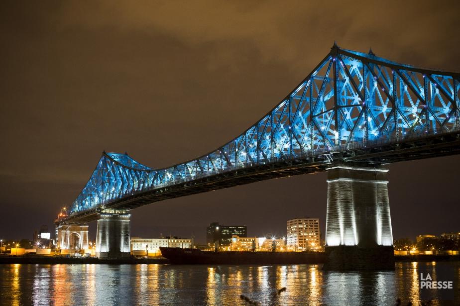Le pont Jacques-Cartier a inauguré sa mise en... (Archives La Presse)