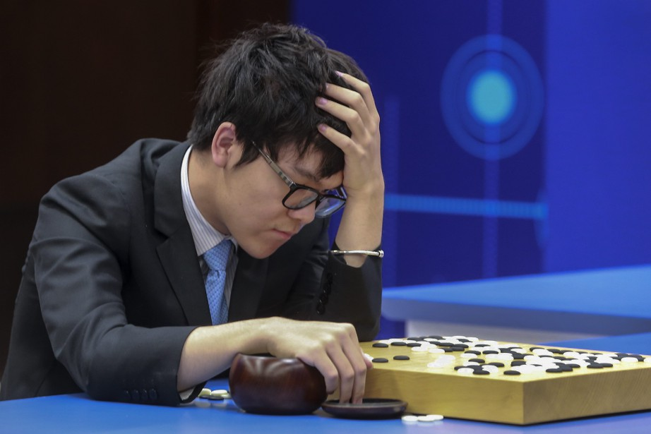 Ke Jie a affronté le programme de Google... (Photo Chinatopix via AP)