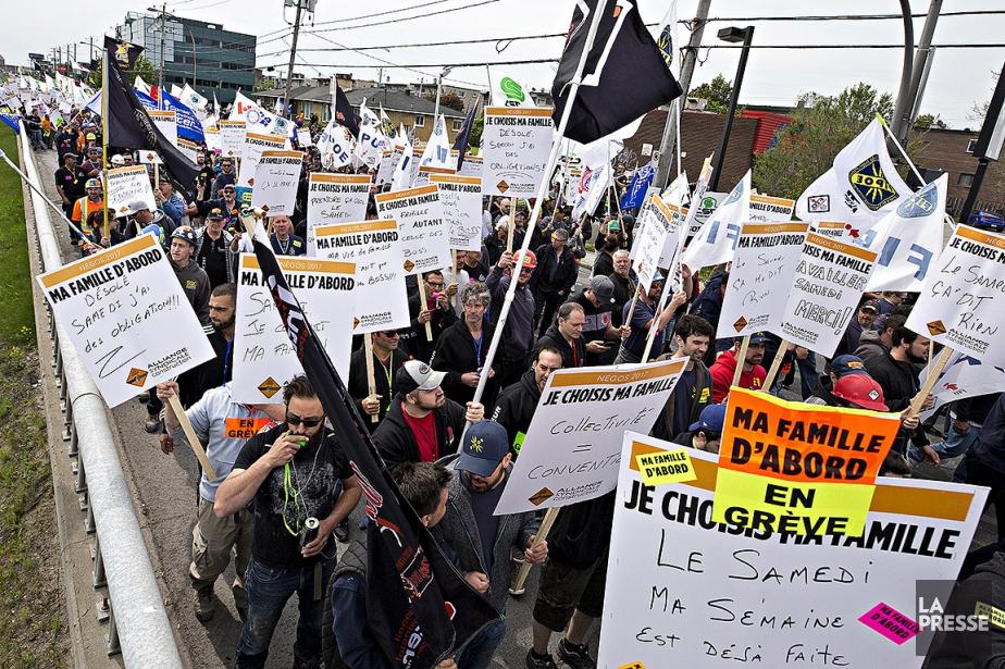 Des syndiqués ont manifesté hier à Montréal.... (Patrick Sanfaçon, archives La Presse)