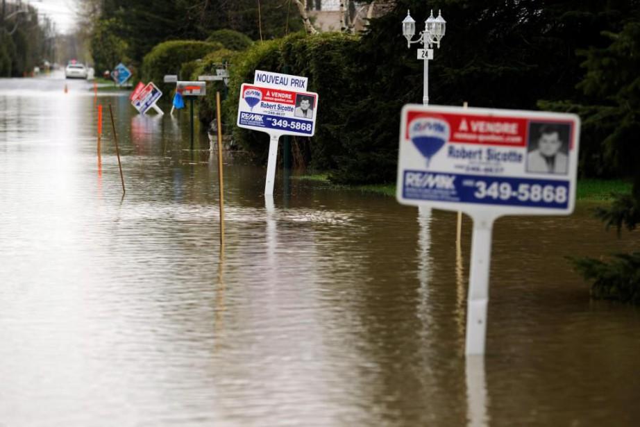 Les inondations survenues il y a six ans... (Photo Bernard Brault, Archives La Presse)