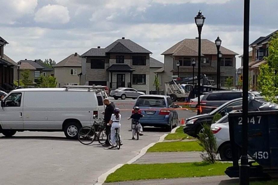 Selon des résidants, un enfant aurait été heurté... (tirée de Facebook)