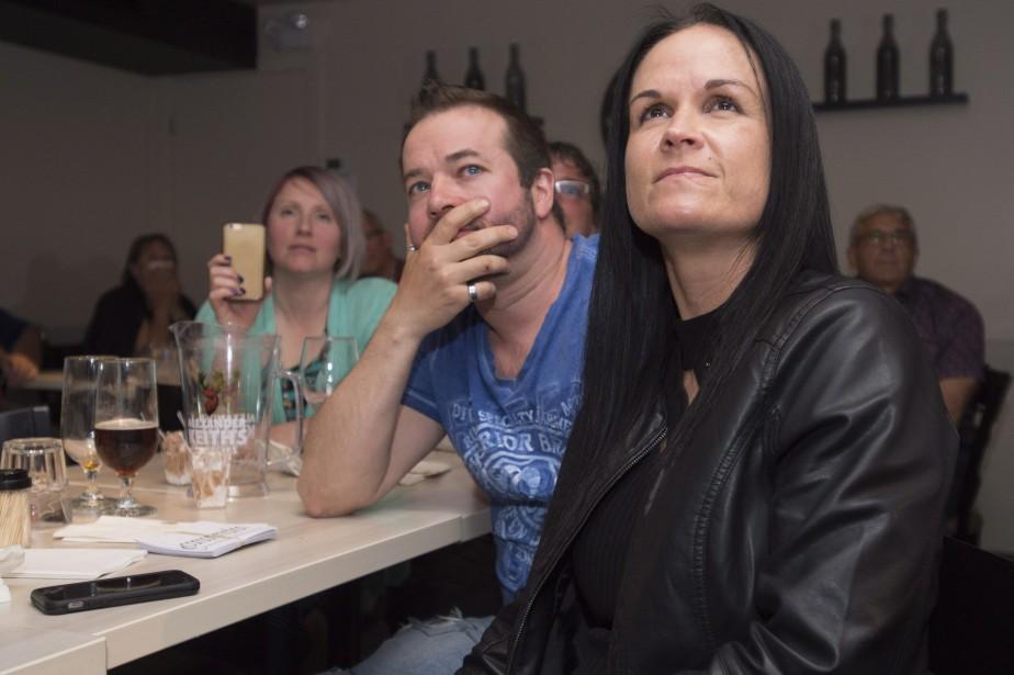 Des partisans de Maxime Bernier réagissent à la... (Photo Jacques Boissinot, La Presse Canadienne)