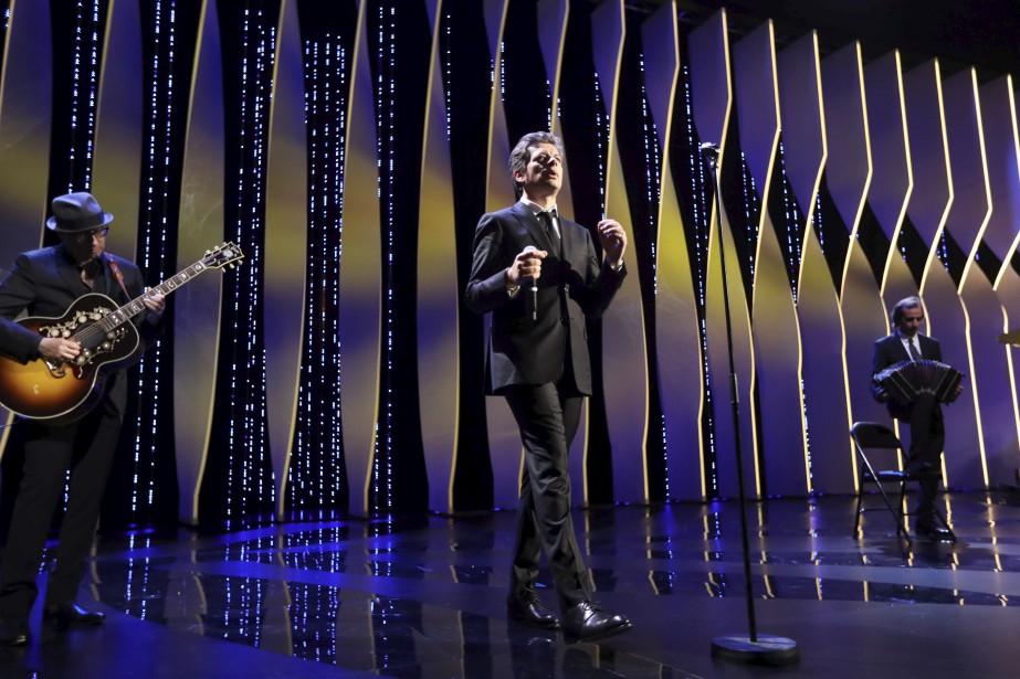 Le chanteur français Benjamin Biolay a offert une prestation durant la cérémonie de remise des prix. | 28 mai 2017